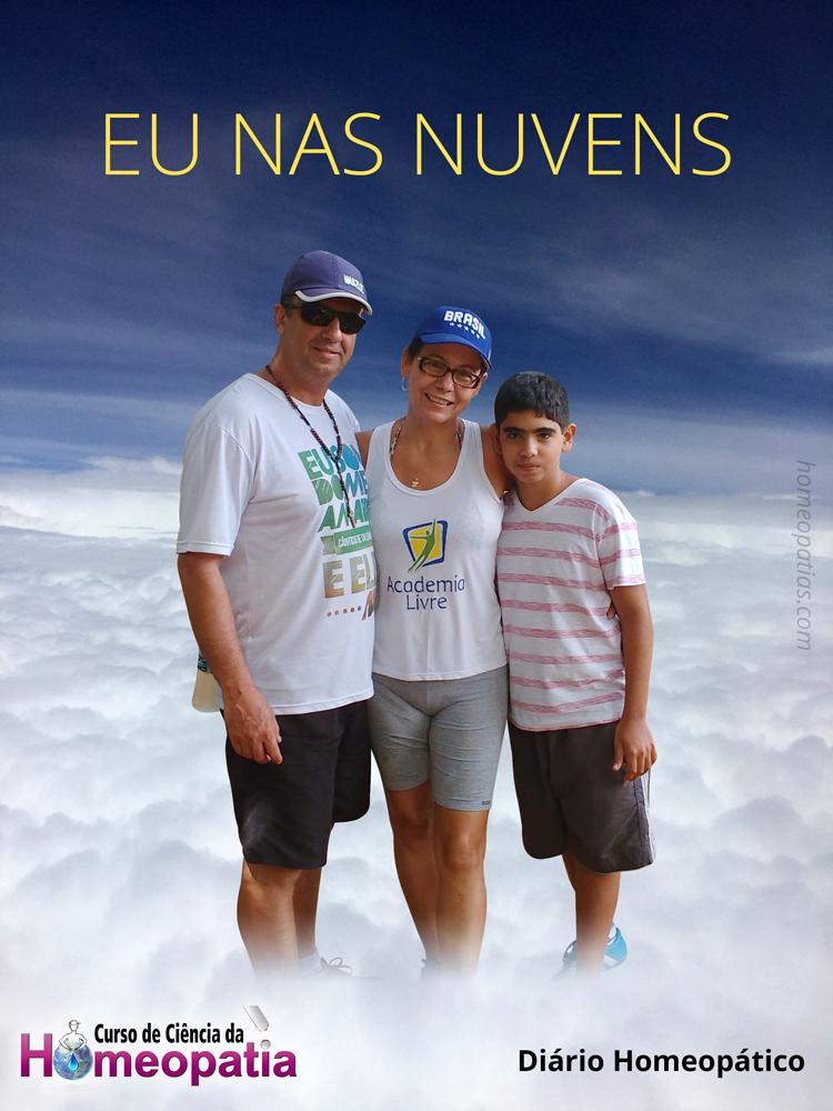 LUCIENE_DE_CARVALHO_FAMILIA_EU_NAS_NUVENS